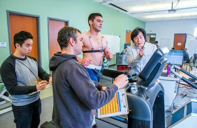 Kinesiology faculty and students create fitness programs for first responders in the Human Performance Lab